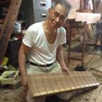 「涼しげな舟水屋を演出する江戸すだれ職人」 豊田勇氏